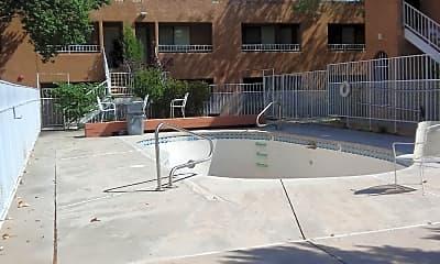 Salida Del Sol Apartments, 2