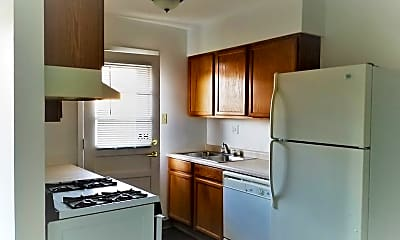 Kitchen, 2551 Holiday Rd, 0