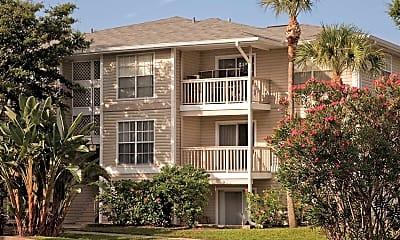 Rivercrest Apartment Homes, 0