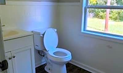 Bathroom, 5038 Noble St, 2