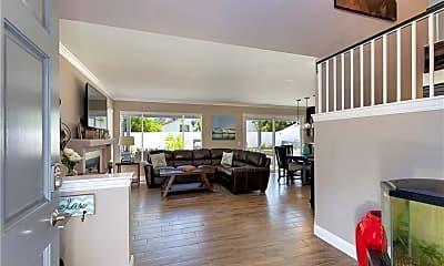Living Room, 31915 Corte Sagunto, 1