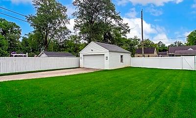 Building, 3348 Dayton Ave, 2