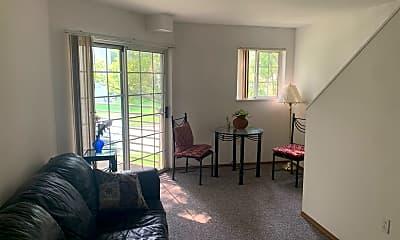 Bedroom, 714 W Elm St, 1