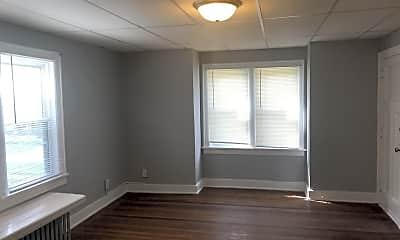 Kitchen, 2831 Center St, 1