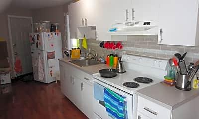 Kitchen, 29 Penfield St, 2
