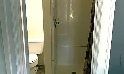 Bathroom, 212 River St, 1