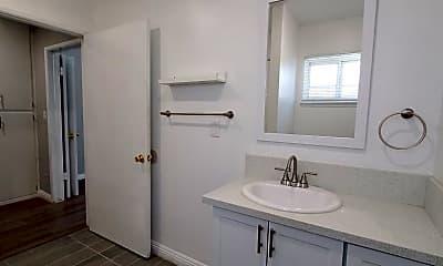 Bathroom, 139 S Ave 55, 2