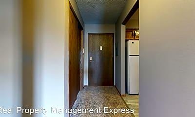 Bathroom, 809 W 10th St, 2