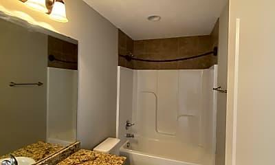 Bathroom, 518 Walnut Creek Dr, 2