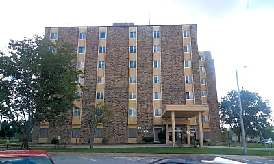 Belmont Towers, 0