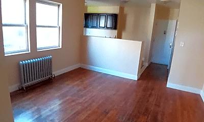 Living Room, 257 S 3rd Ave, 2
