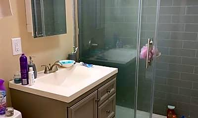 Bathroom, 9 Seminary Ave 3E, 2