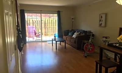 Living Room, 2615 Gloucester Rd, 1