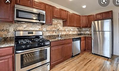 Kitchen, 105 Franklin St, 2