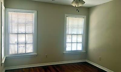 Bedroom, 5112 N Hall St, 2