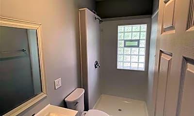 Bathroom, 3333 W 111th St 3, 2