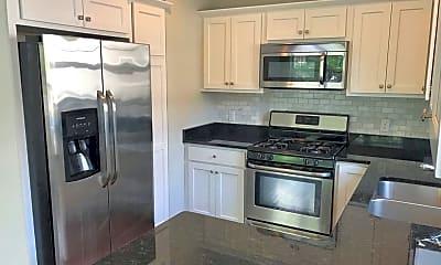 Kitchen, 2808 Colfax Ave S, 0