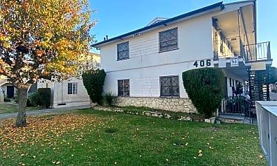Building, 402 E Palmer Ave, 2