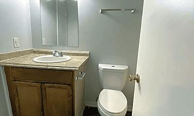 Bathroom, 505 Wayside Dr, 2