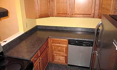 Kitchen, 552 S Trenton Ave, 1