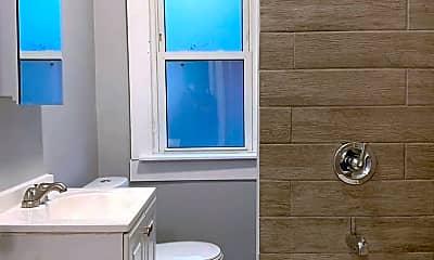Bathroom, 7654 Highland Ave, 2