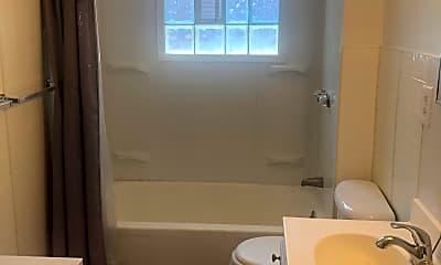 Bathroom, 809 South Fred Shuttlesworth Circle, Unit 3, 2