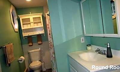Bathroom, 6 Patten St, 2