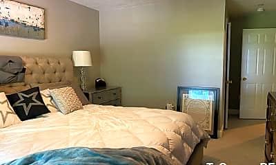 Bedroom, 7 Highland St, 2