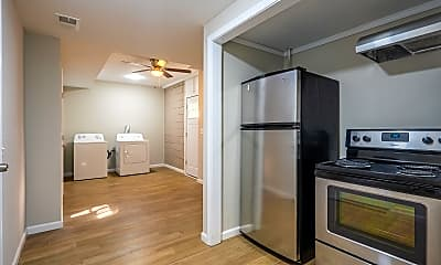 Kitchen, Room for Rent - Forest Park Home, 2