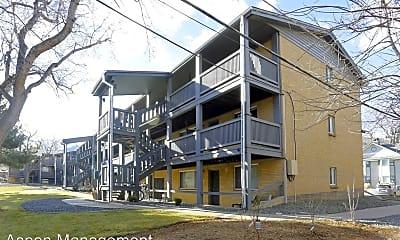 Building, 701 Arapahoe Ave, 2