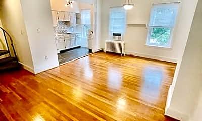 Living Room, 114 Bloomingdale Ave, 1