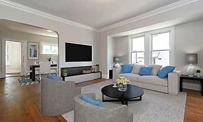 Living Room, 19610 Shawnee Ave, 1