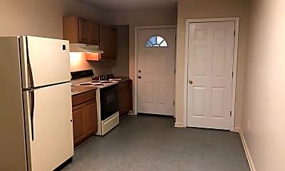 Kitchen, 115 E Franklin St, 1