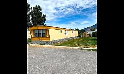 Building, 18120 N 4400 W, 2