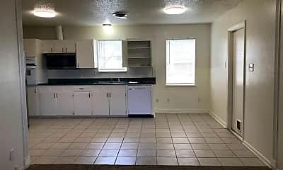 Kitchen, 2716 Live Oak Dr, 1