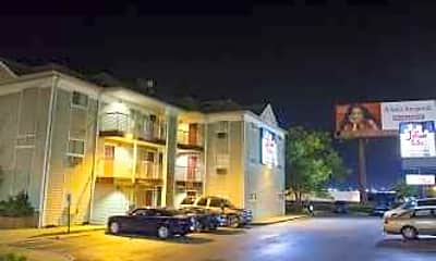 InTown Suites - Six Flags (ZAN), 0