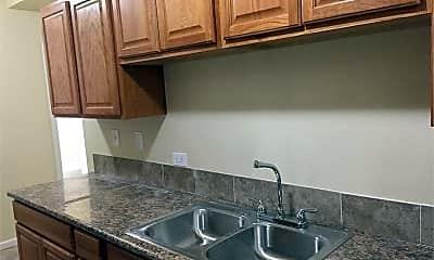 Kitchen, 4850 W Adams St, 1