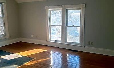 Living Room, 1047 4th St E, 1