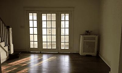 Living Room, 4231 Mill St, 1