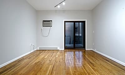 Living Room, 58 Monroe St 1R, 1