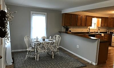 Living Room, 814 Rockwood Ave, 1