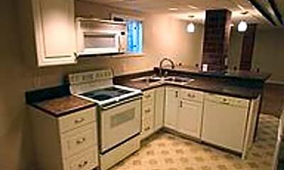 Kitchen, 705 N Duluth Ave, 1