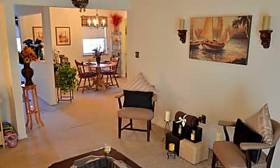 Living Room, White Pine Townhomes and Apartments, 1