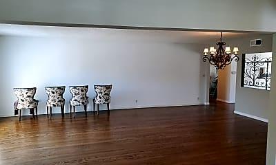 Living Room, 2016 Santa Rena Drive, 2