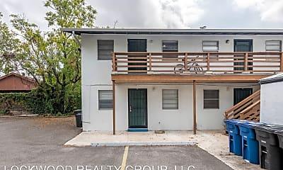 Building, 711 E Carson, 0