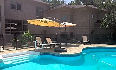 Pool, 1097 Wilmington Way, 2