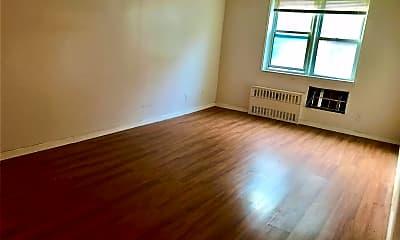Living Room, 143-40 41st Ave, 1
