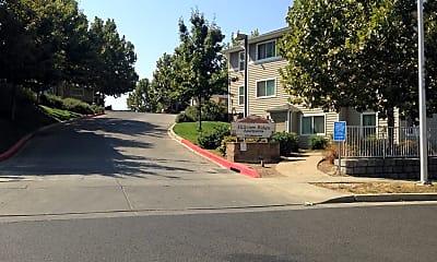 Hillview Ridge Apartments I & II, 1