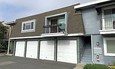 Building, 21662 Brookhurst St C, 1