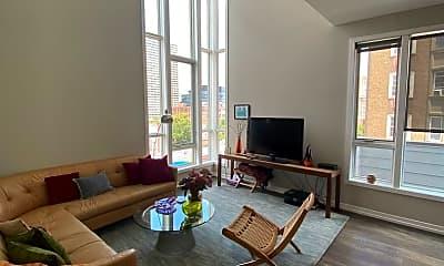 Living Room, 201 S 22nd St, 1